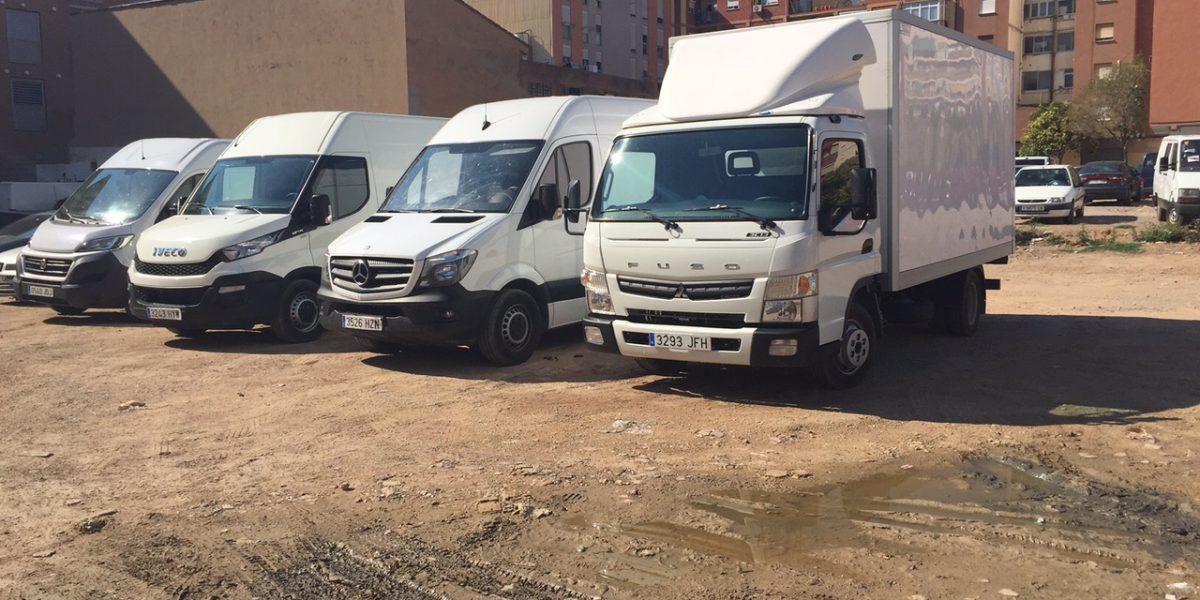 Camiones aparcados Valencia